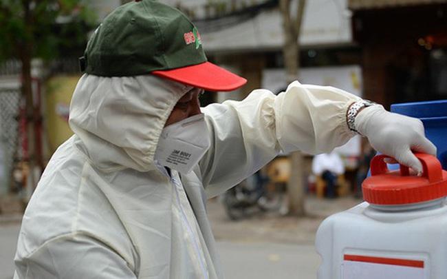 55 người tiếp xúc gần với 2 bệnh nhân người Anh nhiễm Covid-19 ở Lào Cai đều âm tính