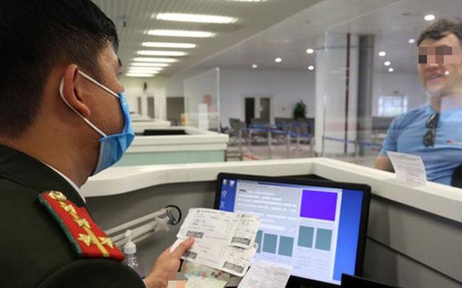 Phó Cục trưởng Quản lý Xuất Nhập cảnh đưa ra giả định việc bệnh nhân số 17 nhiễm Covid-19 lọt qua sân bay