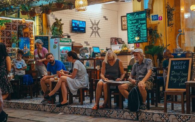 Cafe Việt lại được vinh danh trên CNN không chỉ về chất lượng mà còn vì người Việt tạo được phong cách sống độc tôn, sự thật chúng ta đã làm điều đó như thế nào?