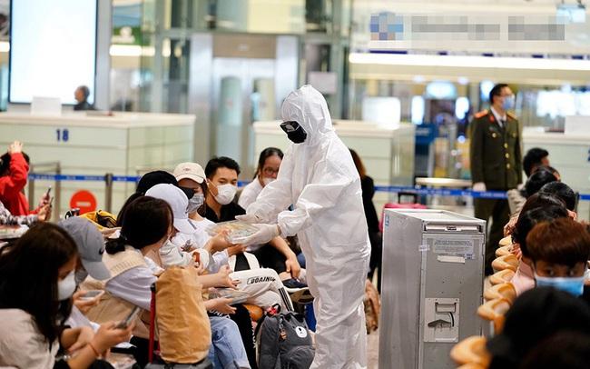 Các chuyến bay huỷ đồng loạt, khách quốc tế về Nội Bài thấp kỷ lục