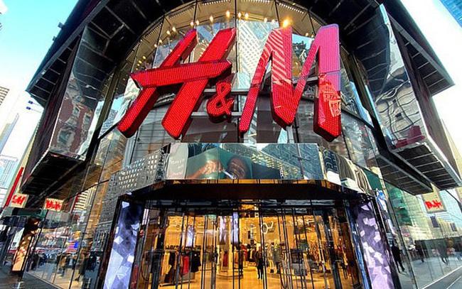 Giữa bão Covid-19, gã khổng lồ thời trang H&M chuyển hướng sản xuất khẩu trang, đồ bảo hộ và găng tay