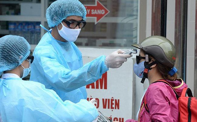 Bệnh nhân Covid-19 số 133 điều trị tai biến ở Bệnh viện Bạch Mai, được đưa về Lai Châu bằng xe cứu thương