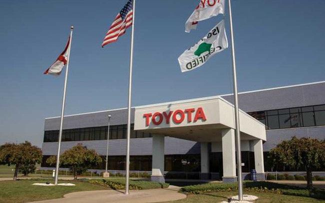 Các đại gia ô tô chuẩn bị dòng tiền khủng đấu COVID-19: Toyota, Mercedes cần khoảng 10 tỷ USD để duy trì