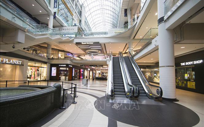 Dịch COVID-19: Canada nâng mức trợ cấp lương cho doanh nghiệp lên 75%