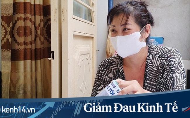 Gặp nữ tiểu thương Sài Gòn xuất hiện trên loạt báo quốc tế khi cùng nhóm bạn tự làm hơn 1.500 chiếc mặt nạ ngăn giọt bắn, tặng các y bác sĩ chống dịch Covid-19