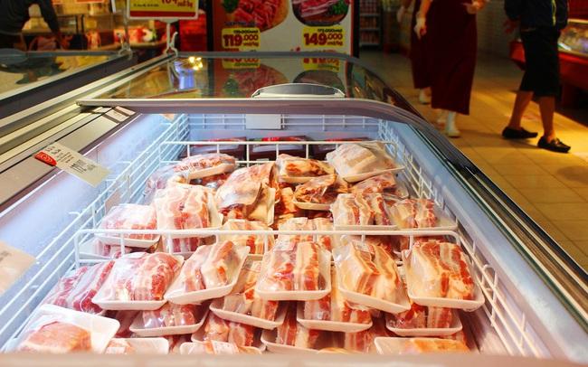 Hơn 40.000 tấn thịt lợn nhập về Việt Nam, giá trong siêu thị bắt đầu giảm