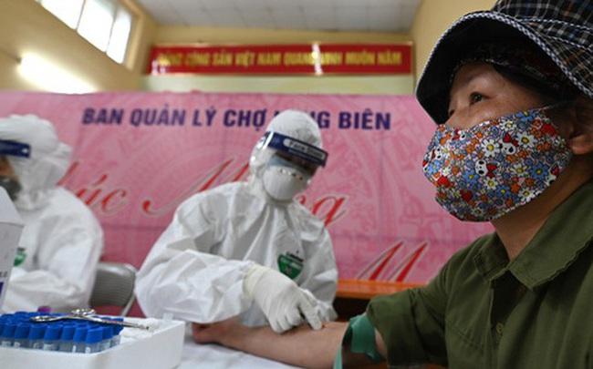 Kết quả xét nghiệm nhanh 610 tiểu thương, lao động bốc vác ở chợ Long Biên và 2 chợ đầu mối, đều âm tính SARS-CoV-2