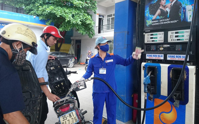 Giá xăng dầu trong nước có giảm tiếp?