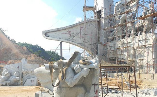 Cận cảnh tượng đài 14 tỉ đồng ở huyện nghèo miền núi Quảng Nam