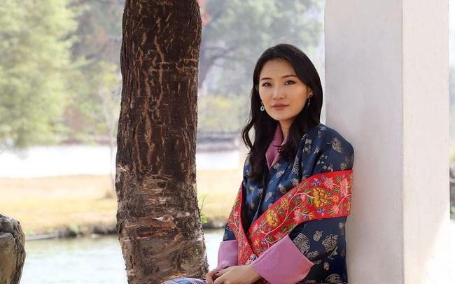"""Hoàng hậu """"vạn người mê"""" Bhutan đón tuổi mới chỉ bằng một tấm hình nhưng cũng đủ khiến hàng triệu người xốn xang vì quá hoàn mỹ"""