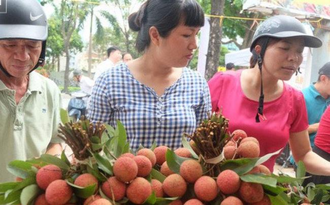 """Ma trận hoa quả hạ giá: Đi đâu mua sầu riêng, vải Lục Ngạn """"xịn"""" có giá 19.000 đồng/kg?"""