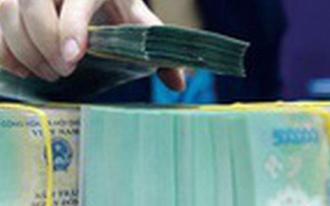 """Thời """"tiền rẻ"""", lãi suất VND về gần 0% trên liên ngân hàng"""