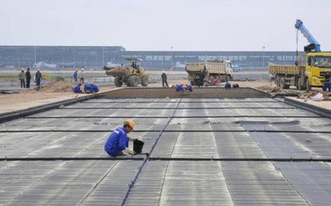 Từ 1-7, đóng cửa 1 đường băng sân bay Tân Sơn Nhất để sửa chữa