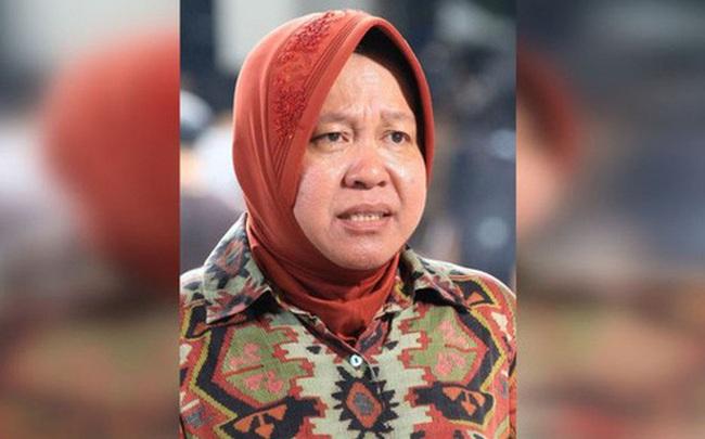 Bệnh viện quá tải bệnh nhân mắc Covid-19: Thị trưởng Indonesia quỳ gối, bật khóc