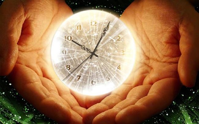 """Bận rộn cả ngày nhưng luôn cảm thấy 24 giờ/ngày chưa đủ: Đây là cách làm việc năng suất cho những người """"nghiện việc"""" vượt qua tình trạng thiếu thời gian"""