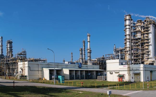 Lọc dầu Nghi Sơn lỗ 1,5 tỷ USD trong 3 năm, lọc dầu Bình Sơn có lãi trở lại sau ảnh hưởng của giá dầu và Covid-19