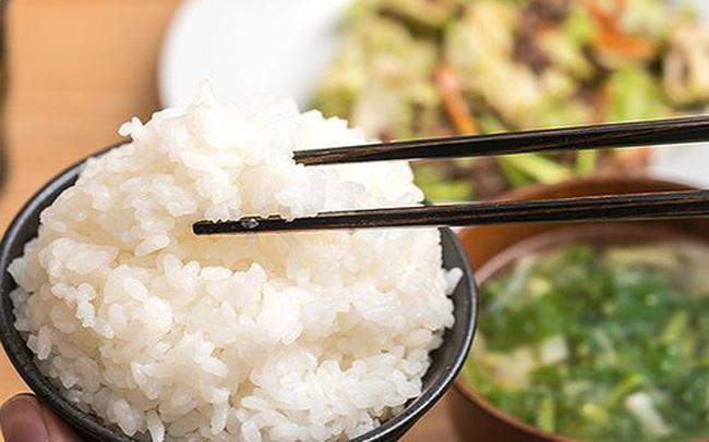 PGS Lê Bạch Mai: Sai lầm trong bữa cơm của người Việt đang là một thủ phạm gây thừa cholesterol