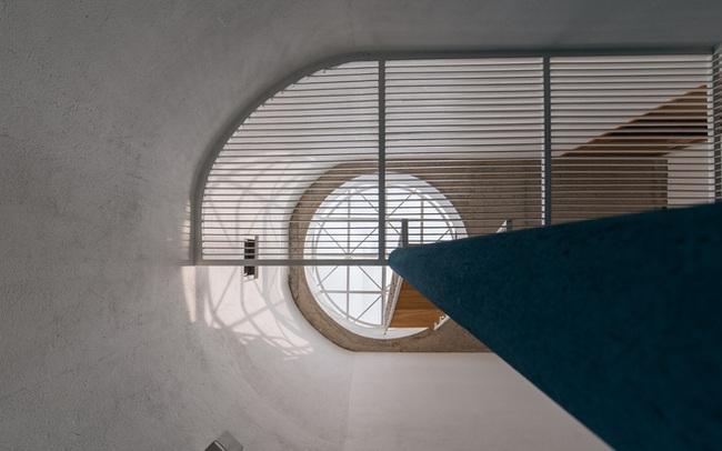Ngôi nhà trong hẻm rộng 60m2, thiết kế De Stijl cực ấn tượng, giá cả mới gây bất ngờ nhất