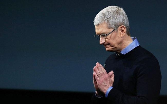 Doanh thu từ iPhone gây thất vọng, giá cổ phiếu Apple lao dốc