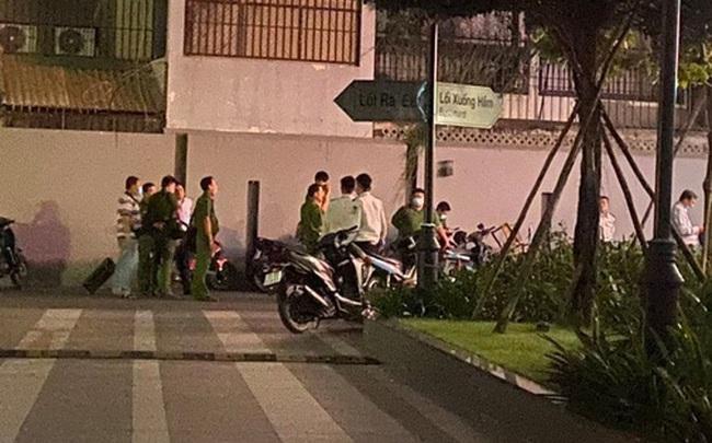 Người ngoại quốc tử vong nghi rơi từ tầng cao chung cư ở Sài Gòn