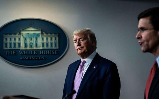"""CNN: Ngay cả khi chỉ còn 2 tháng ít ỏi trong Nhà Trắng, ông Trump vẫn là một nhân vật """"đáng sợ"""""""
