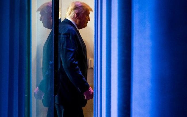 """Ông Trump sử dụng """"vũ khí"""" mới để chống lại kết quả bầu cử đáng ngờ"""