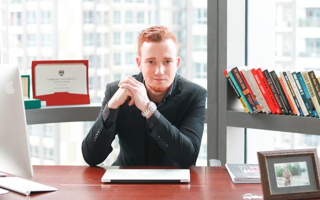 """CEO TopClass: """"Tại sao chúng ta không học hỏi từ những người giỏi nhất và thành công nhất trong chính lĩnh vực của họ?"""""""