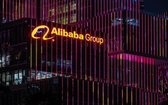 Vốn hóa thị trường bốc hơi 260 tỷ USD sau 2 ngày, chuyện gì đang xảy ra với các công ty công nghệ lớn nhất Trung Quốc?