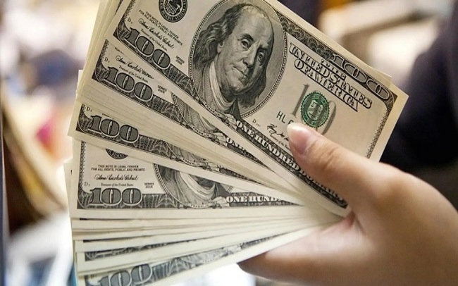 Giá USD trên thị trường tự do giảm mạnh