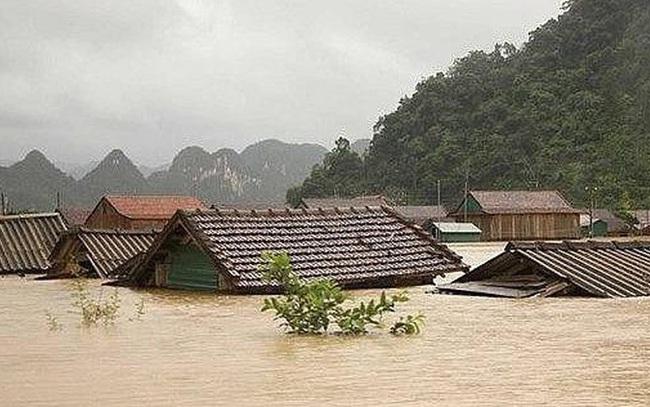 Thiệt hại kinh tế do các cơn bão gần đây ở miền Trung lên tới 1,