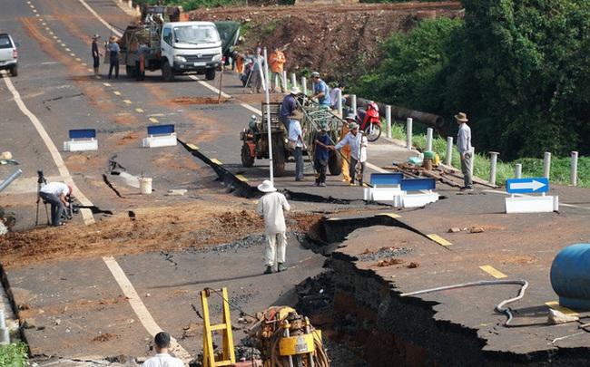 Khởi tố 1 kỹ sư vụ đường tránh 250 tỉ đồng vừa làm xong đã tan nát
