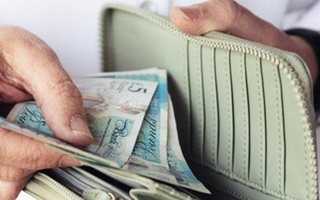 10 điều không nên làm với túi tiền của bạn