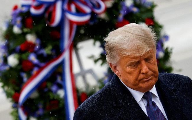 Ông Trump 'chơi một vố' ra trò trước khi rời Nhà Trắng?