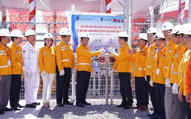 PV GAS: Chính thức đón nhận dòng khí đầu tiên từ mỏ Sao Vàng