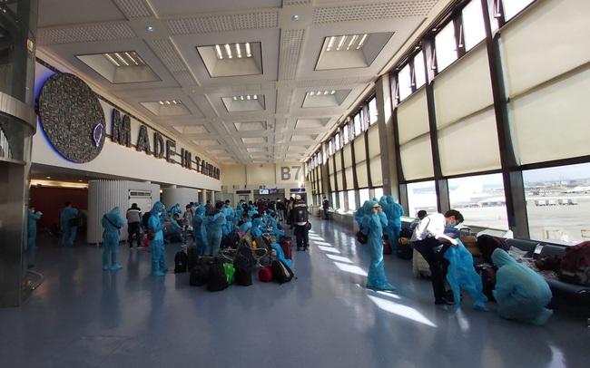 Hai chuyến bay đưa 240 công dân Việt Nam từ Đài Loan (Trung Quốc) về nước