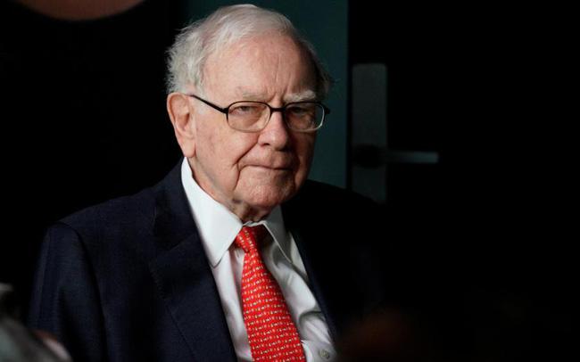 Warren Buffett đầu tư vào 4 công ty dược phẩm lớn