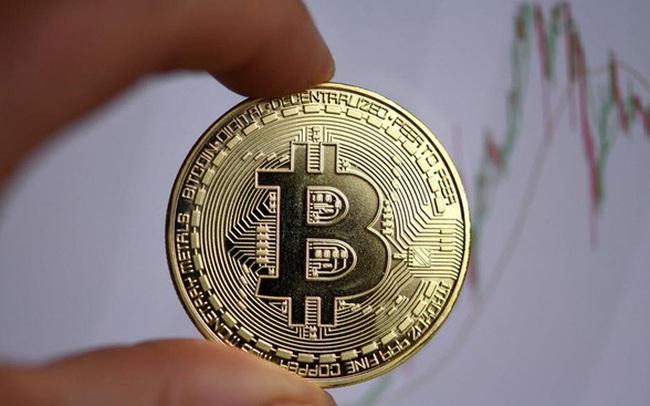 Bitcoin tiến sát 18.000 USD, những người bắt trúng đáy tháng 3 đã lãi 350%