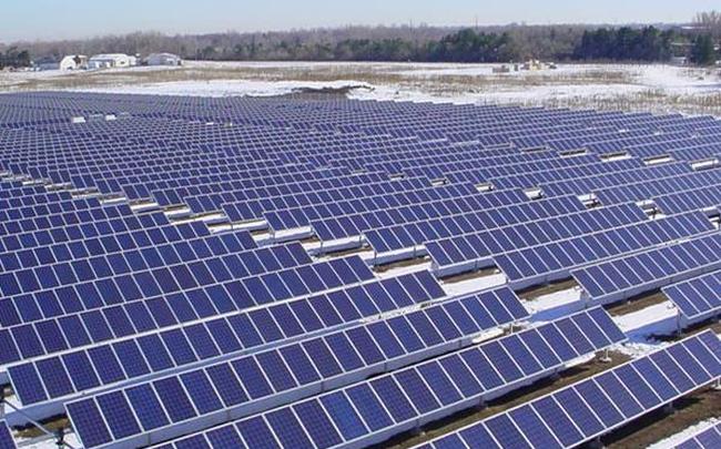 Điện mặt trời tốn đất: Hiệu quả ra sao?