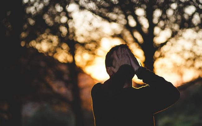 7 điều tôi hối tiếc vì đã KHÔNG LÀM ở độ tuổi 20-30: Tiết kiệm tiền, ít thể hiện tiếng nói của mình trong công việc, không chăm sóc sức khoẻ...