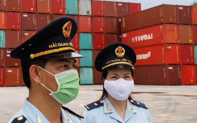 Nikkei Asia: Việt Nam sẽ tiếp tục là nước ASEAN duy nhất tăng trưởng trong nửa đầu 2021