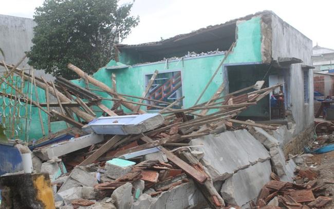 Hỗ trợ tối đa 40 triệu đồng đối với mỗi hộ bị sập nhà vì bão lũ