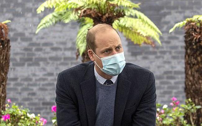 Hoàng tử William khiến công chúng ngỡ ngàng khi tiết lộ từng nhiễm Covid-19, triệu chứng khó thở nặng đến mức gia đình vô cùng hoảng loạn
