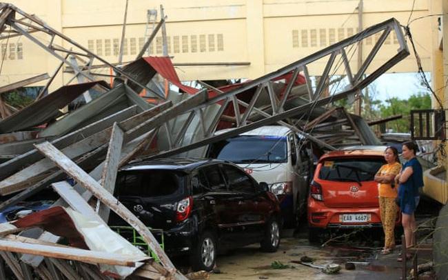 Siêu bão Goni quét qua Philippines, số người chết tăng lên 16