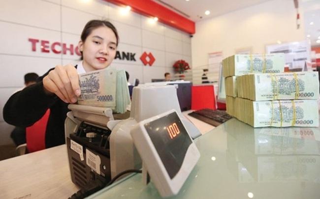 Ngân hàng báo lãi, tiếp tục gỡ khó chính sách trong việc xử lý nợ xấu