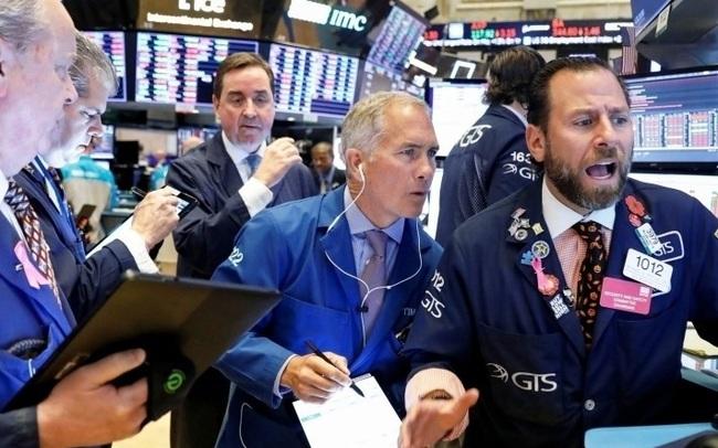 Phố Wall hồi phục nhẹ sau 2 phiên giảm điểm liên tiếp, nhà đầu tư ồ ạt quay trở lại với cổ phiếu công nghệ