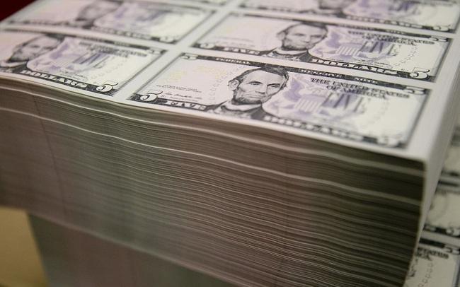 Tiền ào ạt đổ vào thị trường, chứng khoán Mỹ hướng tới tháng tăng điểm lịch sử