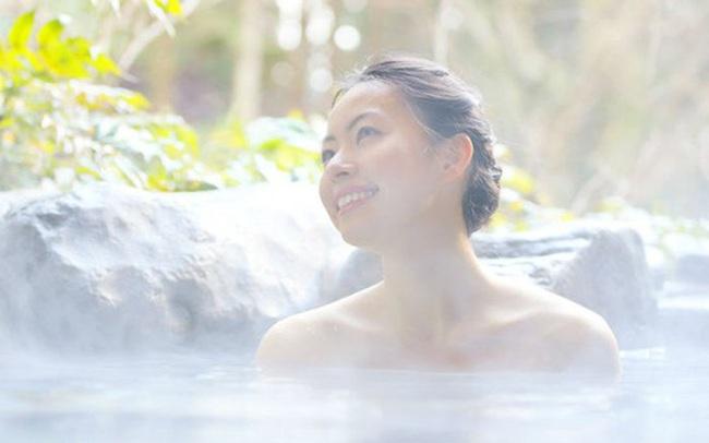 Nghiên cứu kéo dài suốt 20 năm của Harvard chỉ ra lợi ích tuyệt vời của tắm nước nóng: Không chỉ thư giãn mà còn cực kỳ tốt cho hệ tim mạch