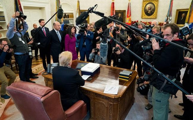 New York Times: Sau 4 năm đầy biến động, Phố Wall lập đỉnh 'ăn mừng' khi có thể tách rời khỏi ông Trump