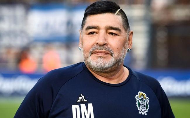Huyền thoại bóng đá Diego Maradona qua đời ở tuổi 60 vì đau tim