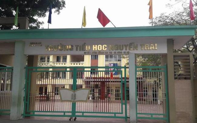 160 học sinh tiểu học ở Hà Nội bất ngờ nghỉ học đồng loạt, 30 em nghỉ vì lý do đặc biệt khiến trường tức tốc rà soát lại bếp ăn